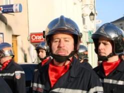 Seul un pompier moustachu aurait pu sauver le bouquin